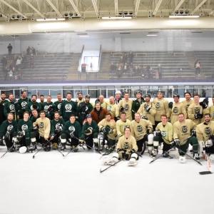 Men's hockey team photo.